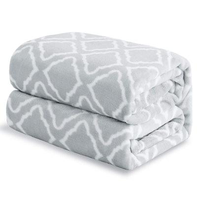 BEDSURE Flannel Fleece Throw Blanket