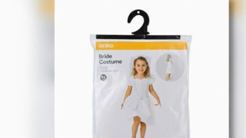 Following severe backlash and an online petition, Kmart Australia has pulled a bride costume for girls from stores.