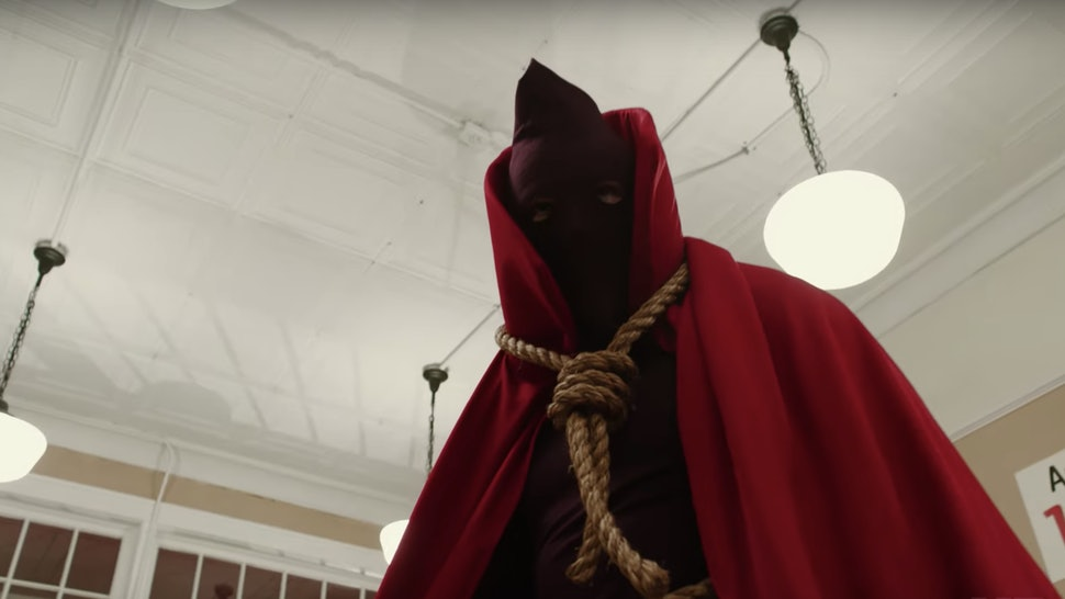 "'Watchmen's Hooded Justice In A Scene From ""American Hero Story"""