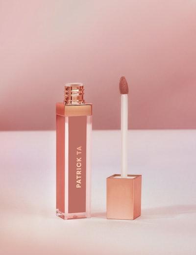 Monochrome Moment Silky Lip Crème in She's Secure