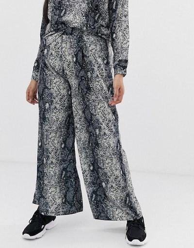 Verona Curve Wide Leg Python Print Trouser Co-Ord