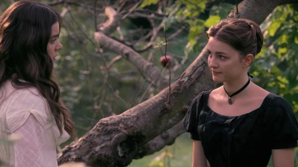Ella Hunt plays Sue Gilbert in 'Dickinson'