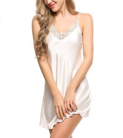 Ekouaer Satin Lace Nightgown