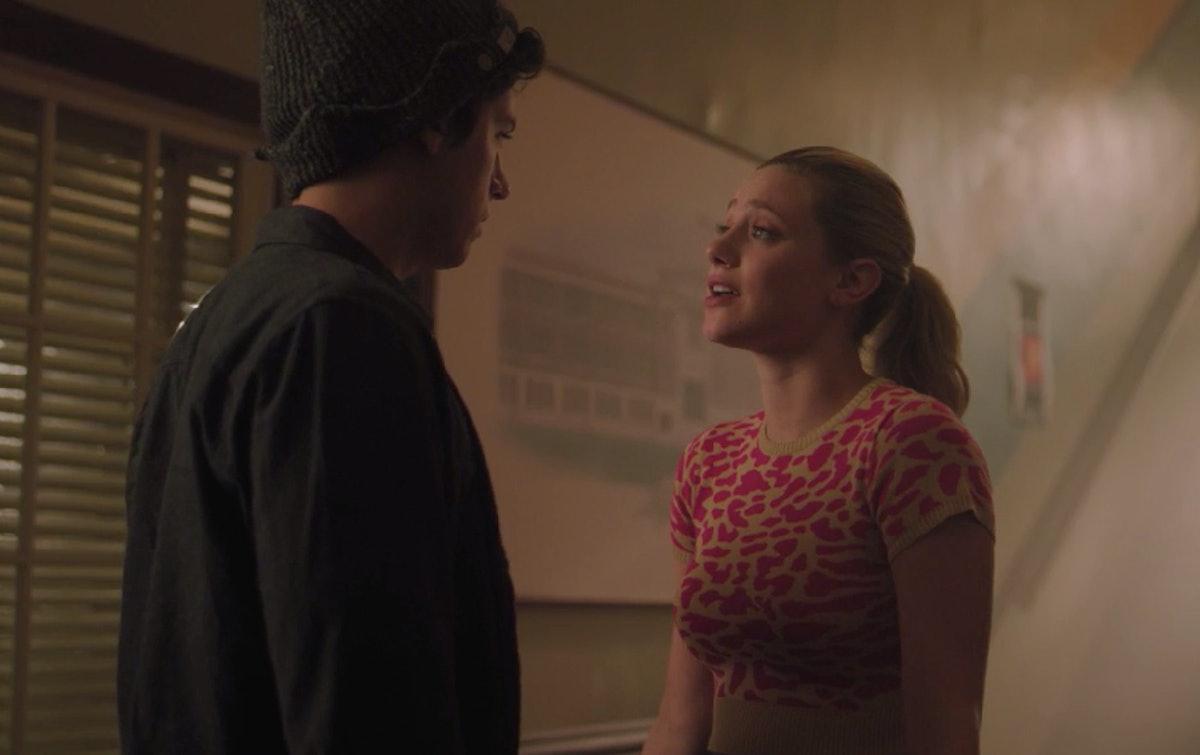 Betty & Jughead On 'Riverdale'