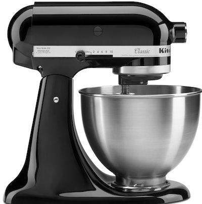 KitchenAid Classic Series Tilt-Head 4.5 Quart Onyx Black Stand Mixer