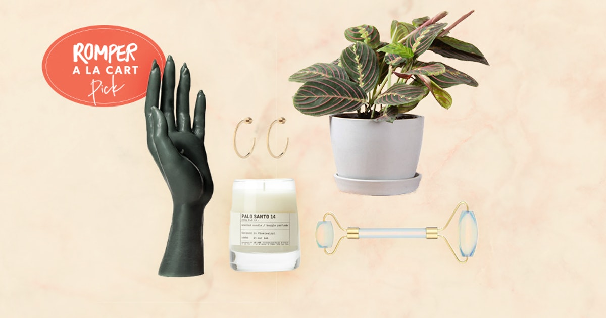 The 25 Best 2019 Holiday Gifts For Moms (AKA You)