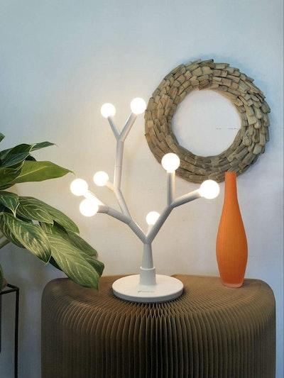 Fugetek LED Tree Branch Desk Lamp