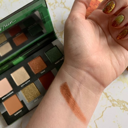 Swatching Urban Decay's new On The Run Mini Eyeshadow Palettes