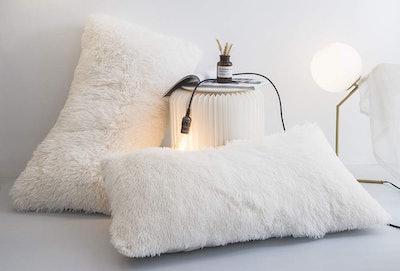 Ceruleanhome Velvet Flannel Pillow Shams (2-Pack)