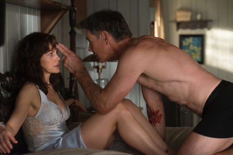 Carla Gugino and Bruce Greenwood in Gerald's Game