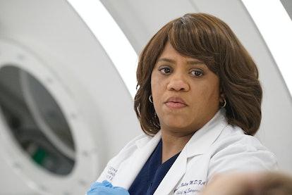 Miranda Bailey is pregnant on 'Grey's Anatomy'.