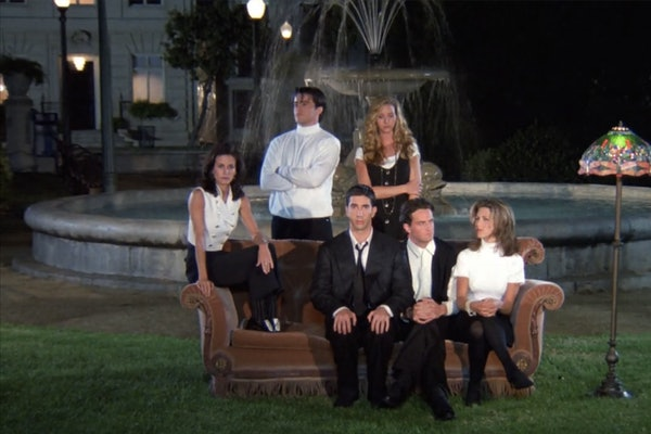 Friends Halloween Costume your entire gang will love could be the recreation of the fountain intro looks