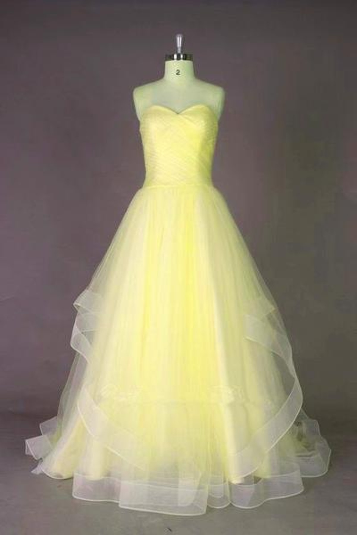 Yellow Tulle Sweetheart Long Formal Gowns