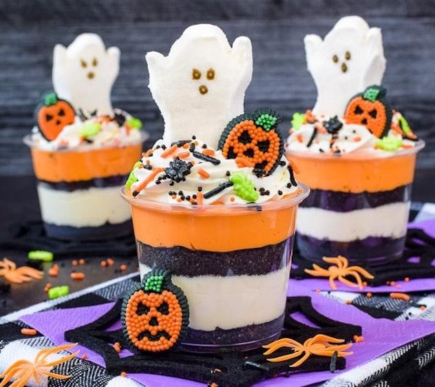 No Bake Halloween Cheesecake Parfait Cups Recipe
