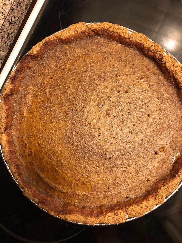 gluten-free pumpkin pie after baking