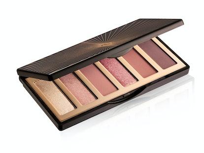 Charlotte Tilbury's Charlotte Darling Palette includes six glamorous eye shadow shades.