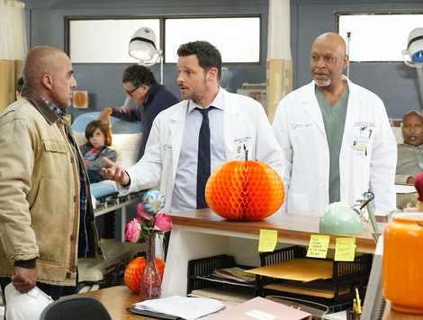 "'Grey's Anatomy' Halloween Episodes Include Season 16's ""Whistlin' Past The Graveyard"""