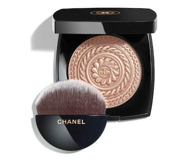 Éclat Magnétique De Chanel Illuminating Powder