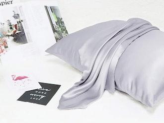 Ravmix 100% Pure Mulberry Silk Pillowcase Standard Size