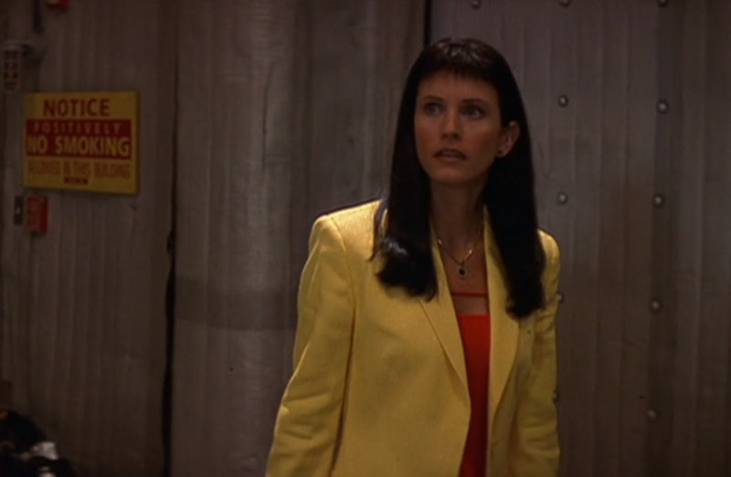 Courteney Cox paid tribute to her Scream 3 bangs.
