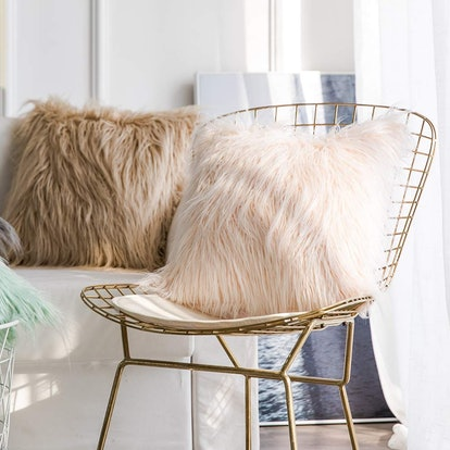 Faux Fur Throw Pillow Cover (2-Pack)