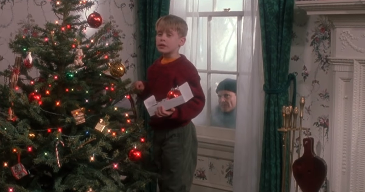 Freeform's Kickoff To Christmas Schedule Is Full Of Holiday Classics