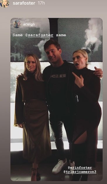 Sara and Erin Foster pose with Tyler Cameron from The Bachelorette.