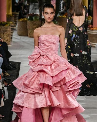 Voluminous gown runway trend spring 2020 at Oscar de la Renta