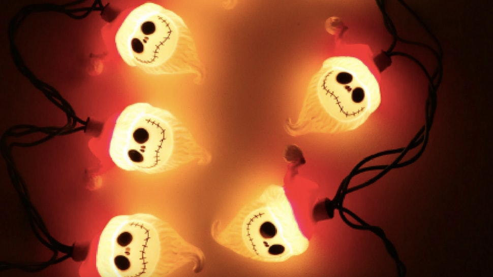 Jack Skellington Christmas.Jack Skellington Lights Are The Ultimate Holiday Decoration