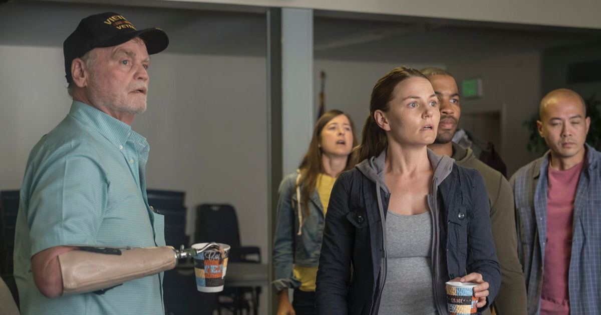 Cassidy & Kevin's Relationship On 'This Is Us' Could Be Good For Them Both