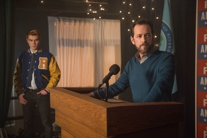 Luke Perry and KJ Apa in Riverdale as Archie and Fred Andrews.
