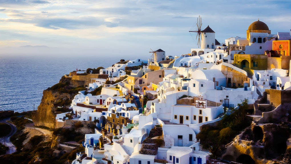 This Unforgettable Greece Instagram Contest will pay one lucky recipient 500 euros.