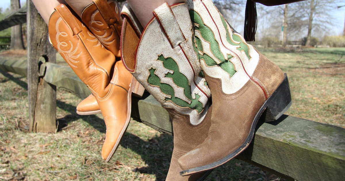 The 5 Best Socks For Cowboy Boots