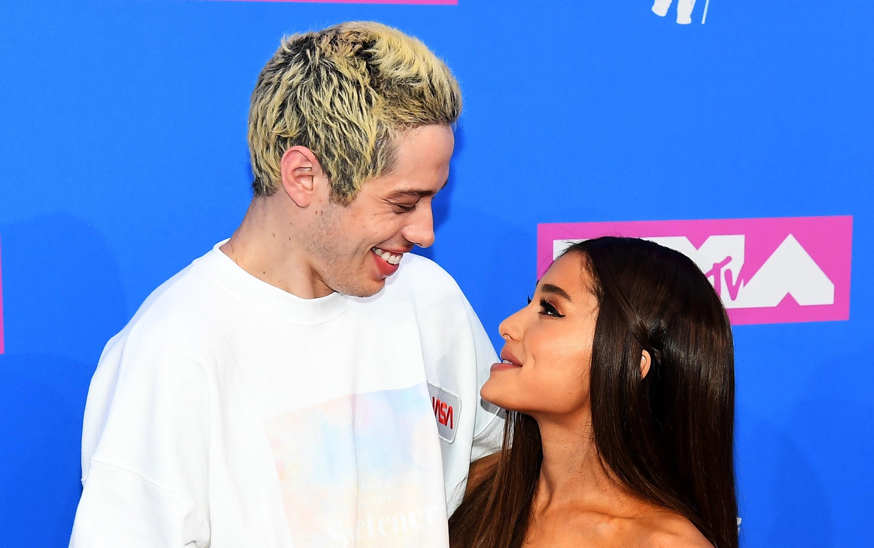 Kevin, dating Ariana Grande