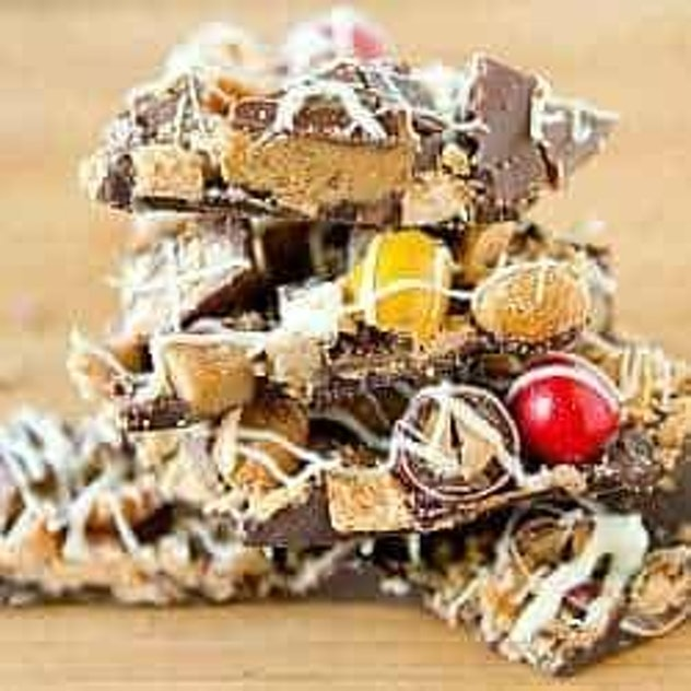 Things To Make With Leftover Halloween Candy, Leftover Halloween Candy Bark