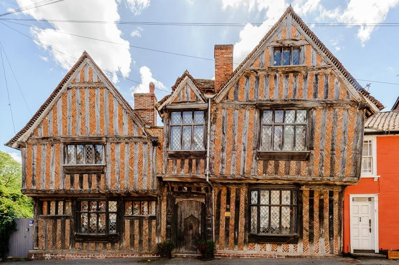 The De Vere House, a Lavenham, UK residence that served as Harry Potter's childhood home, is now available on Airbnb.