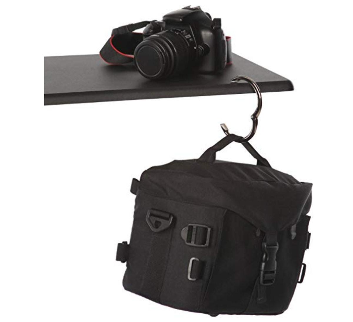 Clipa2 - The Instant Bag Hanger