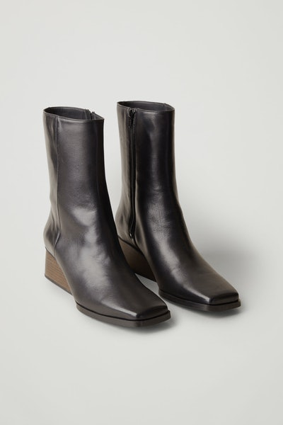 Square-Toe Boots
