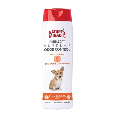 Nature's Miracle Supreme Odor and Shed Control Shampoo