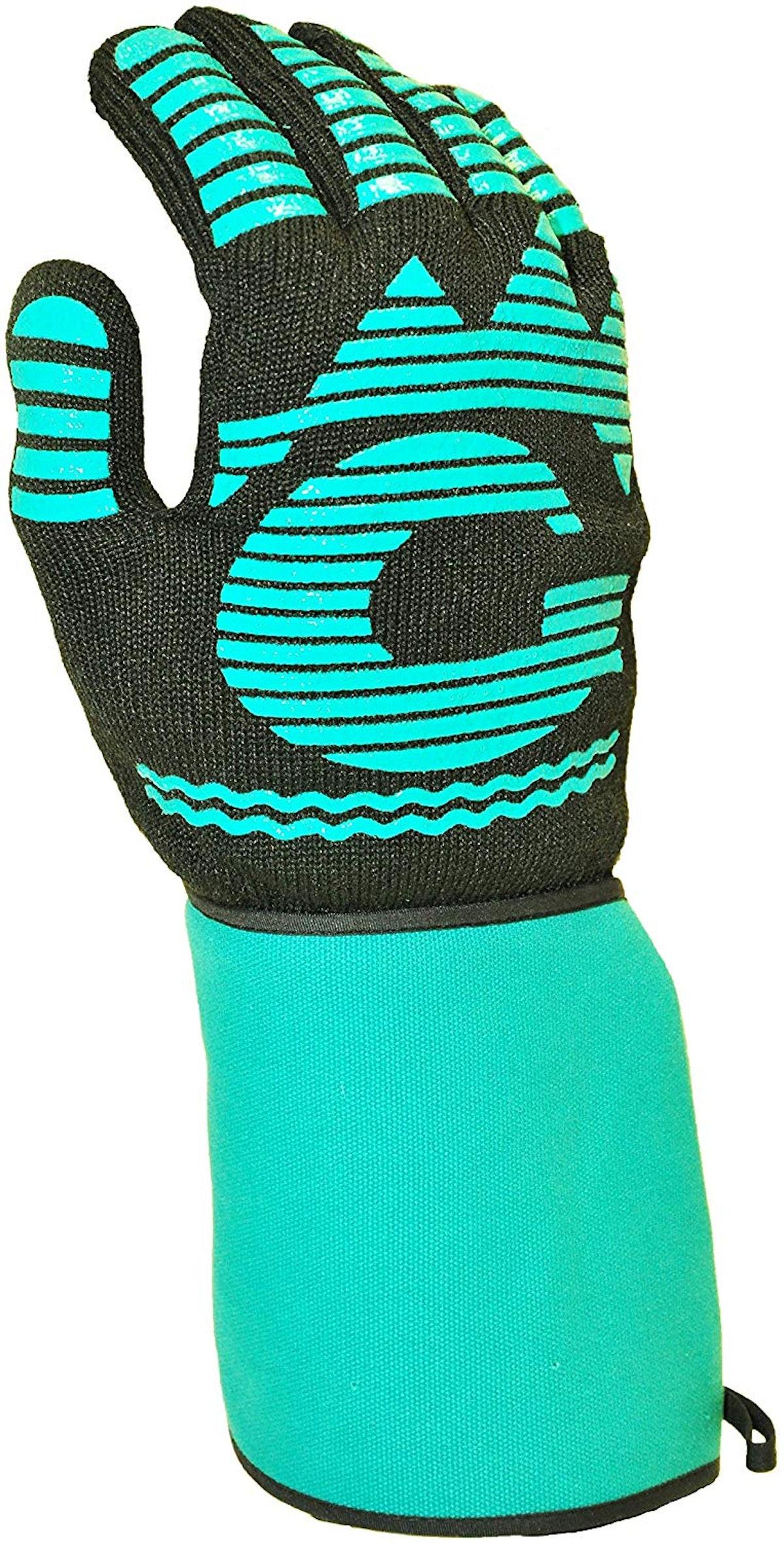 G & F Heat Resistant BBQ Grilling Glove