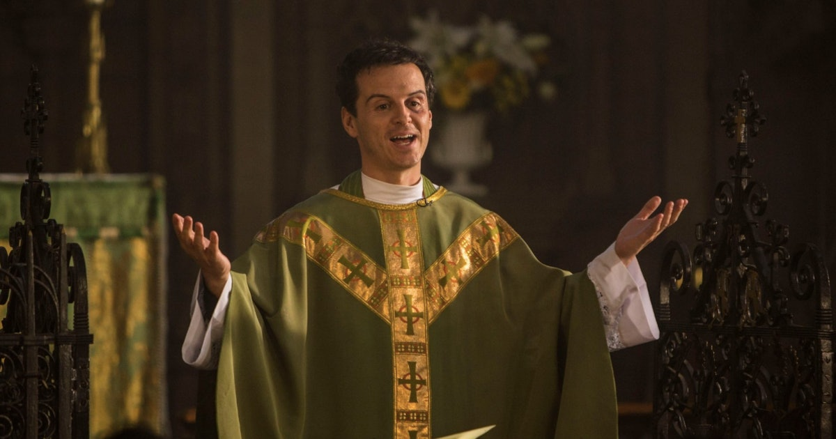 Phoebe Waller-Bridge Revealed What She Thinks The Hot Priest's Christmas Sermon Would Be