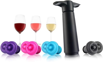 Vacu Vin Wine Saver and Bottle Stoppers