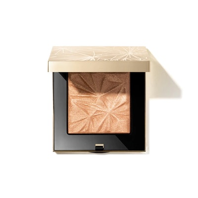 Luxe Illuminating Power in Golden Hour