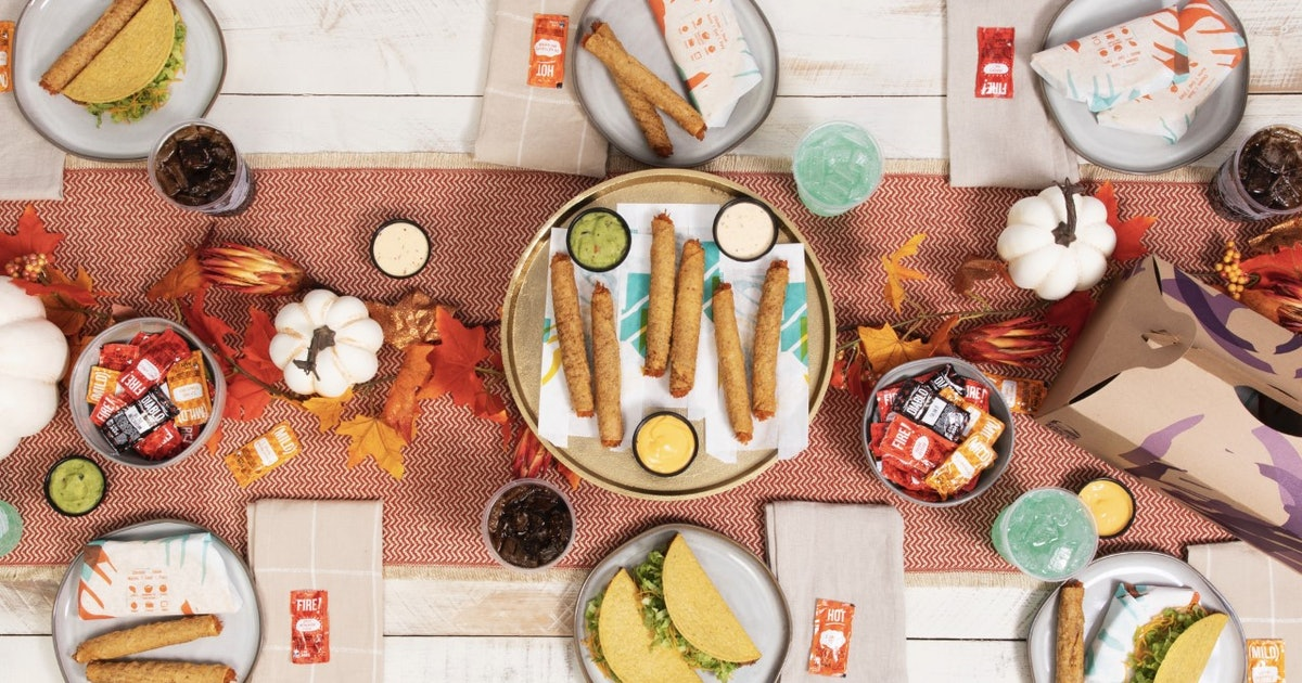 Taco Bell's Rolled Chicken Tacos Party Pack Is Here In Time For Friendsgiving