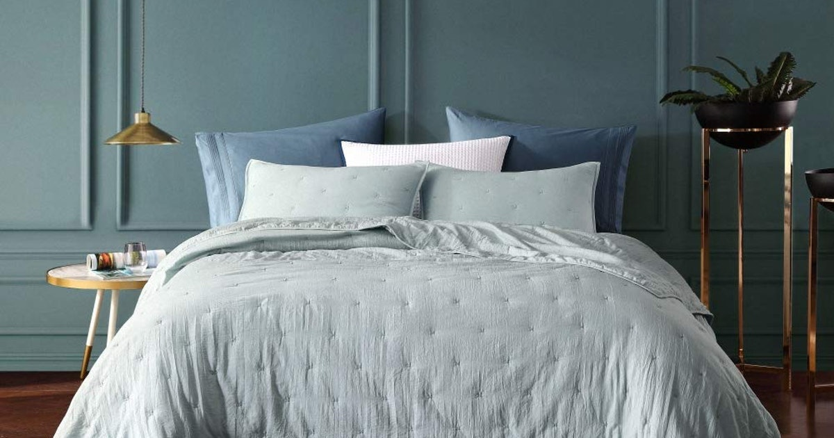 The 15 Best Bedding Sets - Bustle