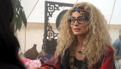 Margot Robbie in Dollface