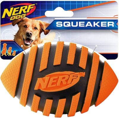 Nerf Dog Spiral Squeak Football