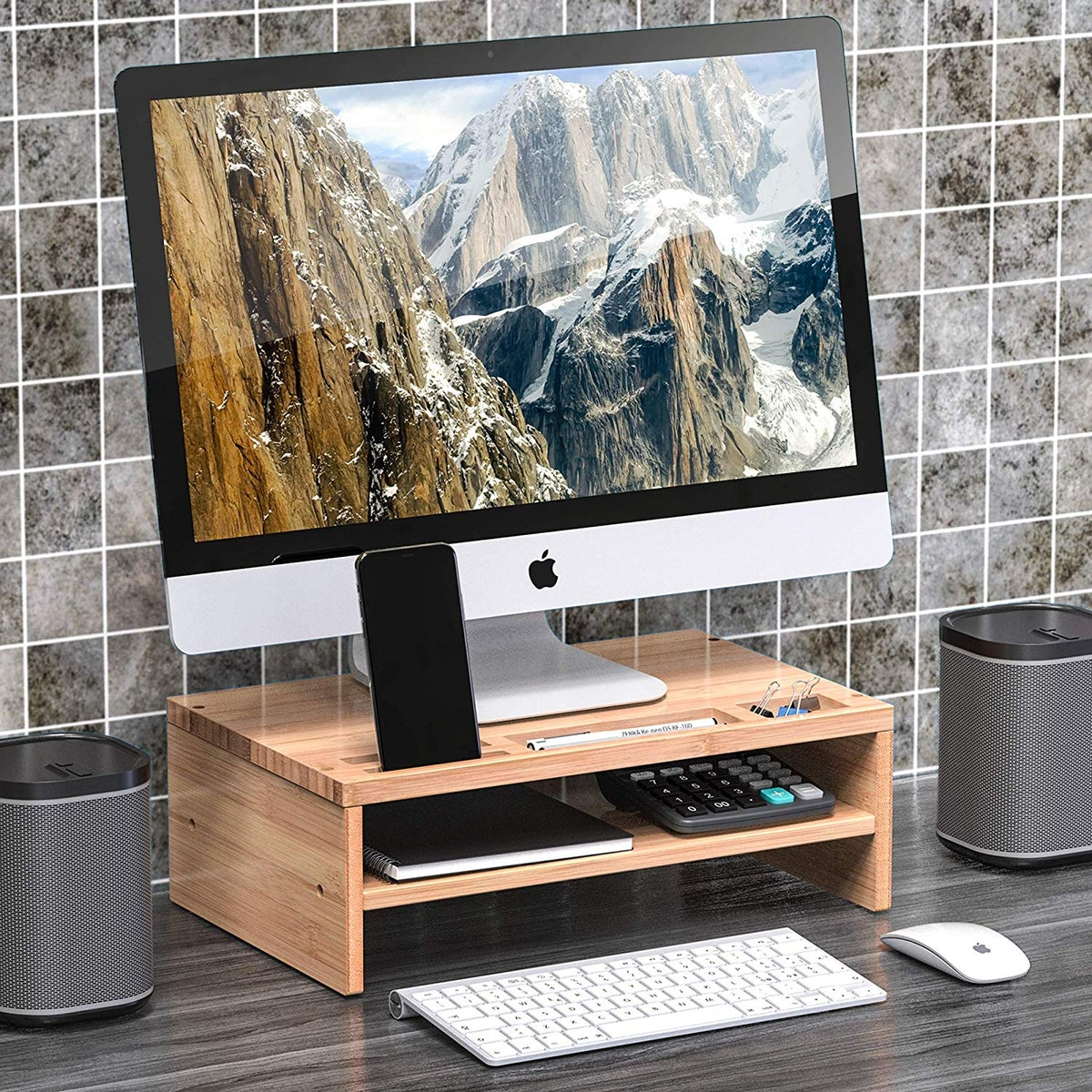 Well Weng Desk Monitor
