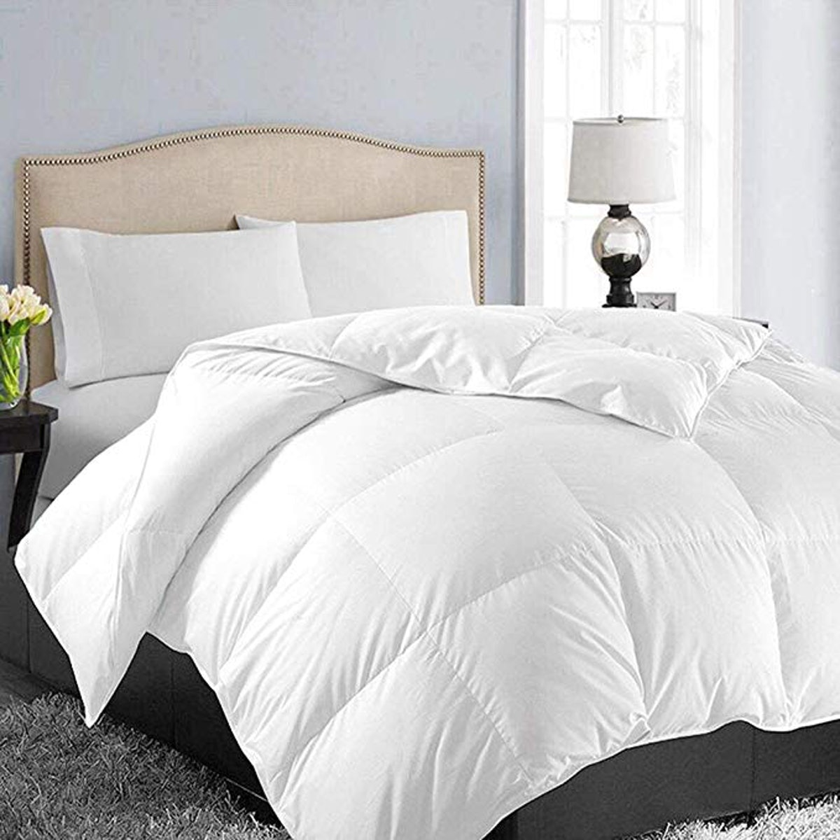 EASELAND Queen Size Down Comforter