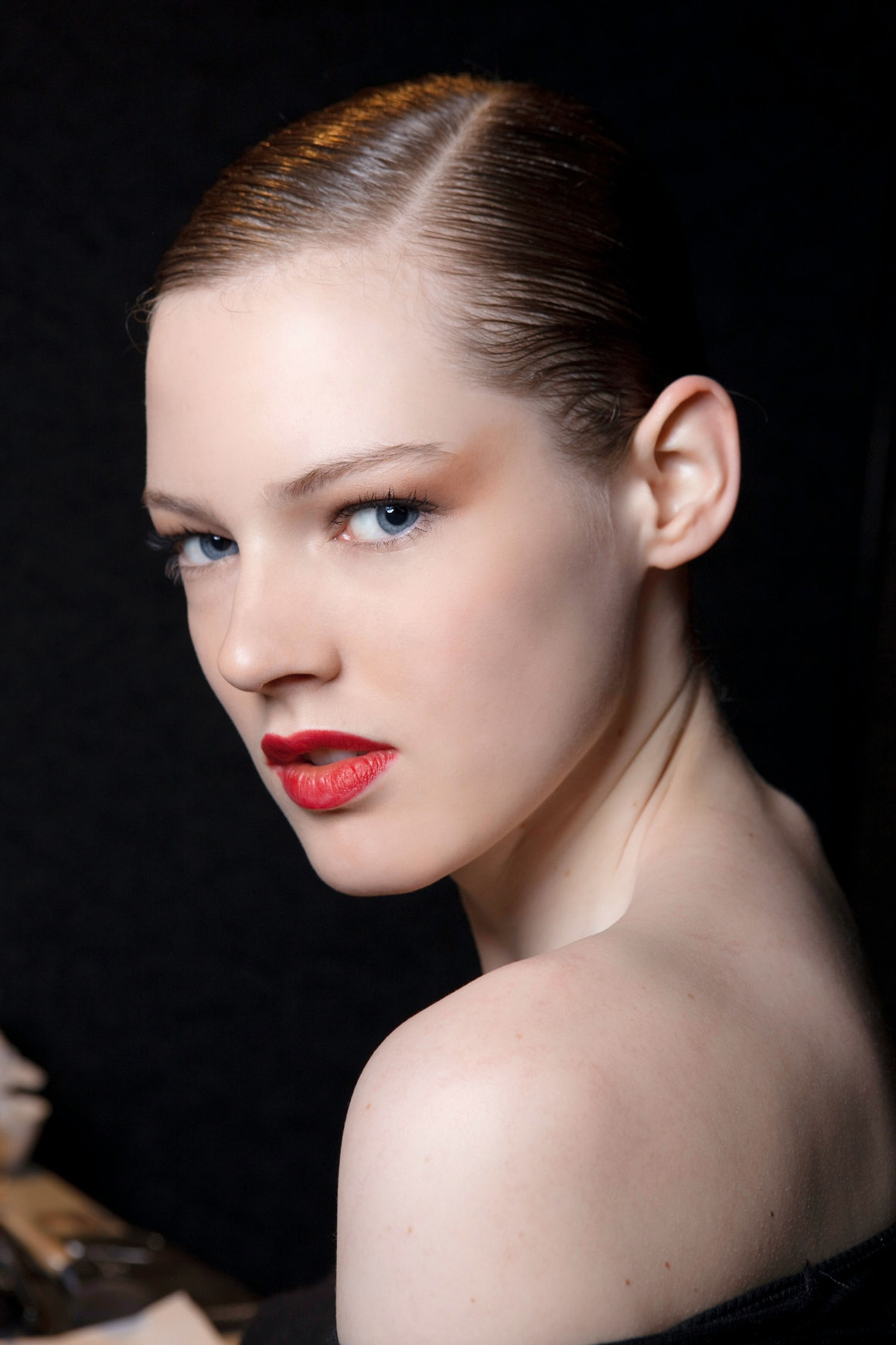 10 Red Lipsticks For Fair Skin That I'll Be Wearing At The Thanksgiving Dinner Table